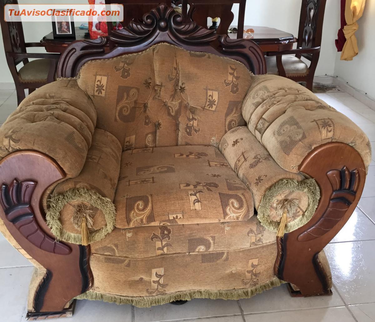 Juego de muebles en caoba - Mobiliario y Equipamiento > Sofás y...