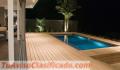 madera-sintetica-para-piscina-jacuzzi-terrazas-areas-de-exteriores-maxibados-s.r.l-1.png
