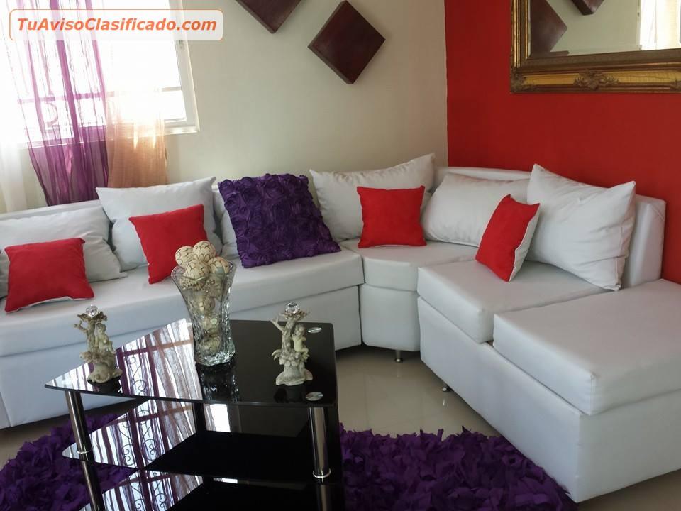 Muebles caoba centenaria for Decoracion de salas en l